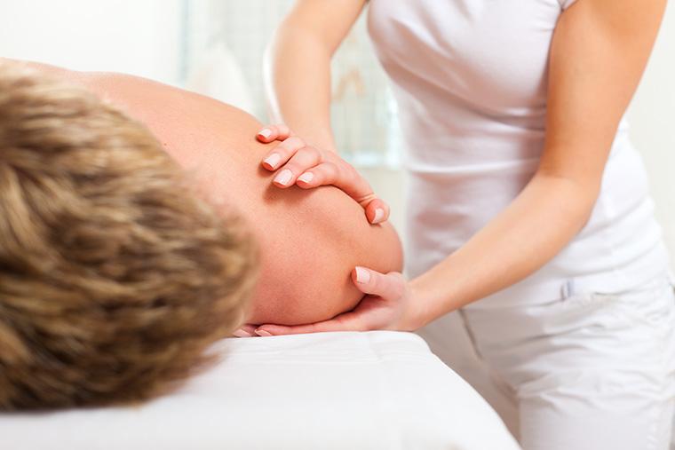 Kreuzschmerzen im Zusammenhang mit Bauchnarben